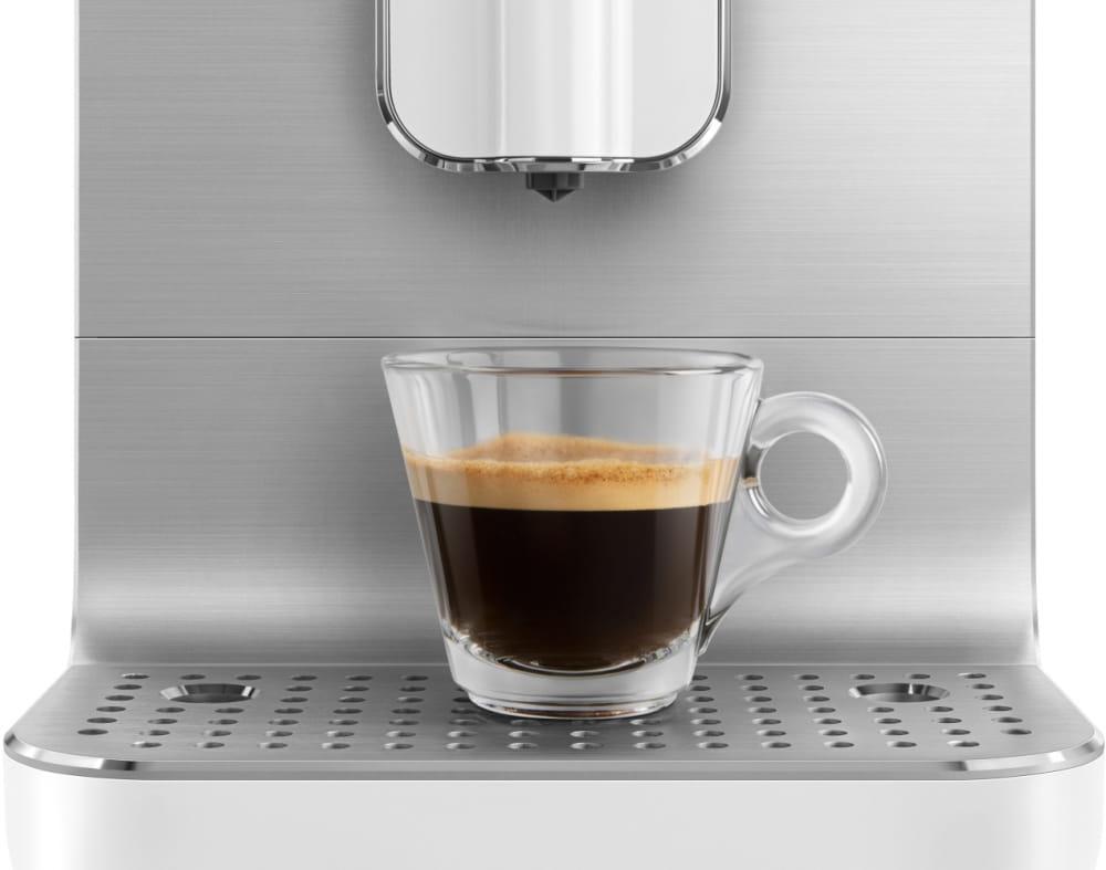 Кофемашина SMEG BCC01WHMEU - 3